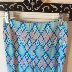 LuLaRoe Pants - Lularoe Diamond 💎 One Size Leggings Skinny Soft
